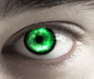 Emerald_Eye_by_Aly09