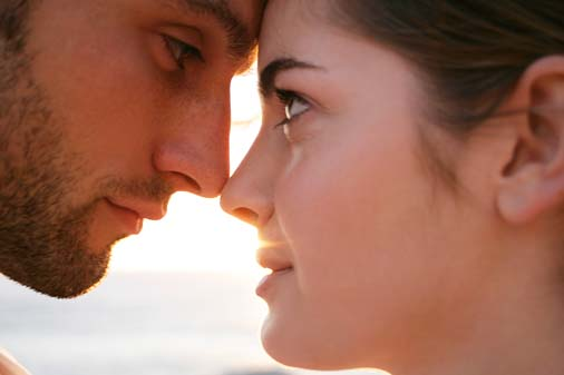 Resultado de imagen para man looking to his woman s eyes